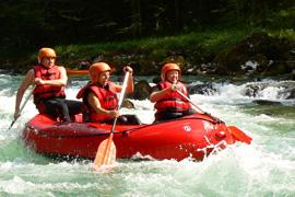 Doma je sucho, tak pojeďte na vodu do Alp!