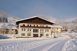 Na lyže do Ski Amade a ubytování v penzionu Heidi