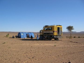 Na Sahaře na trase Dakaru