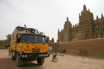 V pouštním městě v Mali