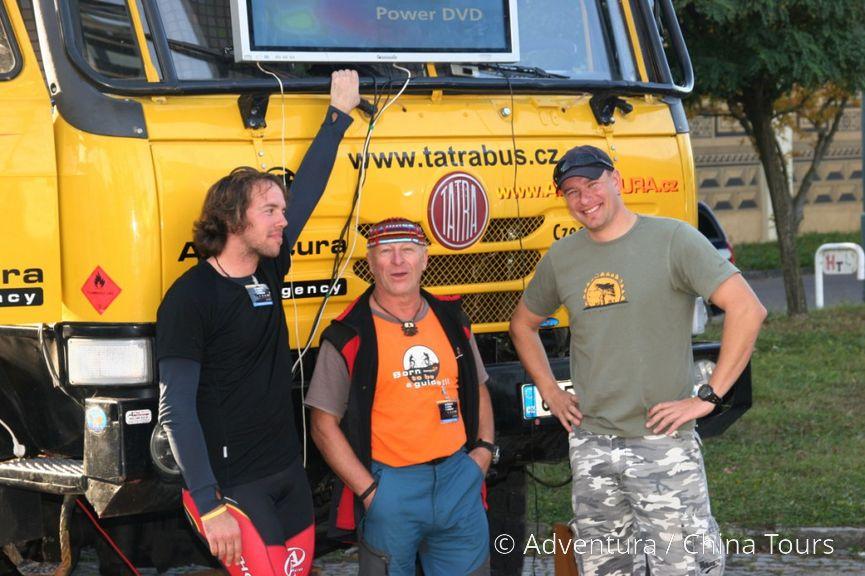 Tým našich pilotů Vítek, Bery a Tarantule