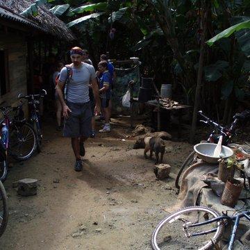 V pralese na návštěvě u místních, Baracoa